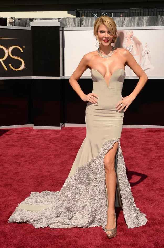 Awful! Why was she even at the Oscars? Brandi Glanville | The 20 Most Revealing Oscar Dresses Ever