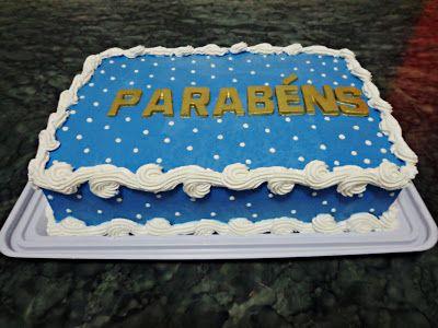 NAF KIDS LOCAÇÃO PARA FESTAS E EVENTOS: Bolo Chantilly Azul com Dourado e Branco