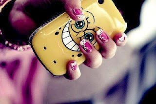 The case and her nails :O