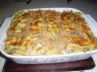TUNA & VEGETABLE PASTA BAKE