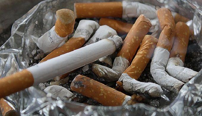Mes 5 Trucs pour Me Débarrasser de l'Odeur de Tabac chez Moi.