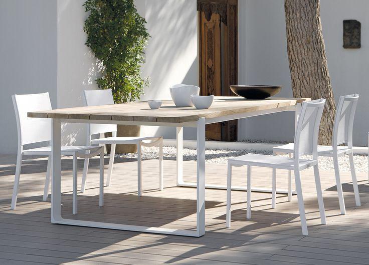 Manutti Prato Teak Garden Table