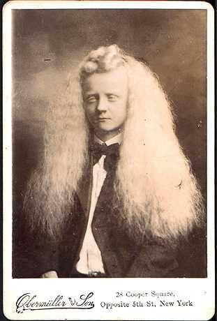 Albino Boy. Seriously love his hair.