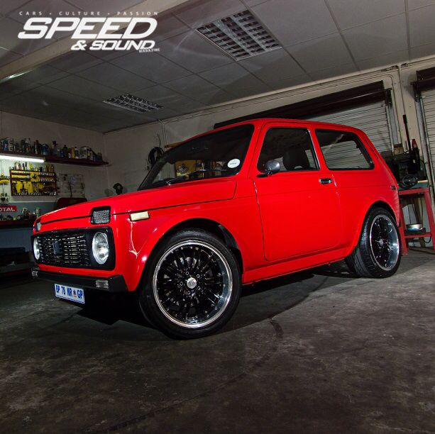 Lada Niva, From Russia with Love