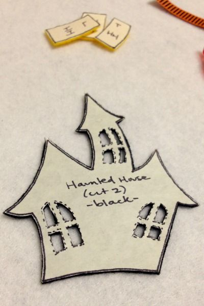 Felt Halloween Ornaments Tutorial and Free Pattern - Haunted House Pieces - Felt With Love Designs