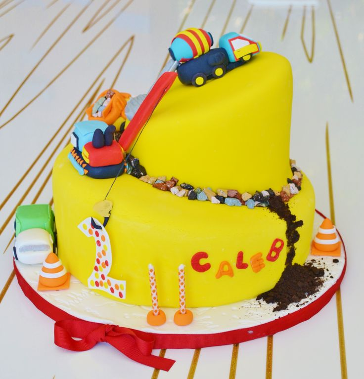 7 Best My Aunts Cool Cake Creations Images On Pinterest Cake