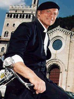 Italia - Kieli ja kulttuuri: Gubbio (Don Matteon jalanjäljillä)