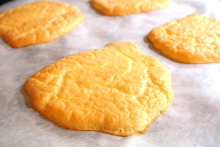 Gluten Free Grain Free Cloud Bread | Mom, What's For Dinner? will try with dairy free cream cheese.  Hmmm???