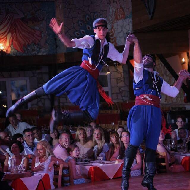 #anopolis #traditionalshow #traditionaldance #dance #hospitality #followme #follow #cretanmen #crete #greece