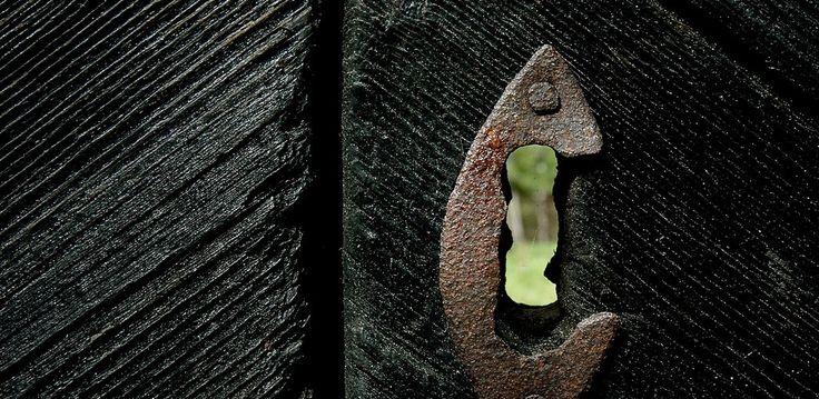 la-puerta-negra