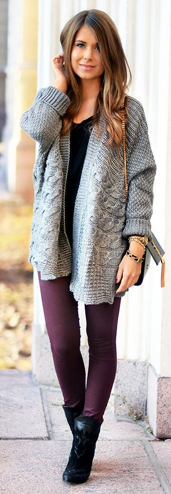 Lovely casual oversized cardigan, burgundy pants and high platform booties combnation.