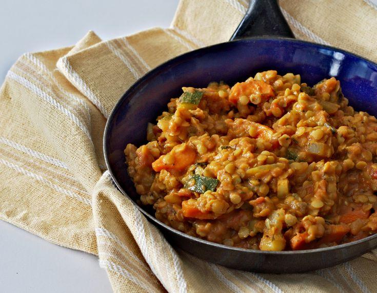 Curry z soczewicą i cukinią