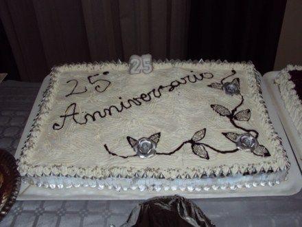 Oltre 20 migliori idee su torte di nozze argento su for Decorazioni torte per 60 anni di matrimonio