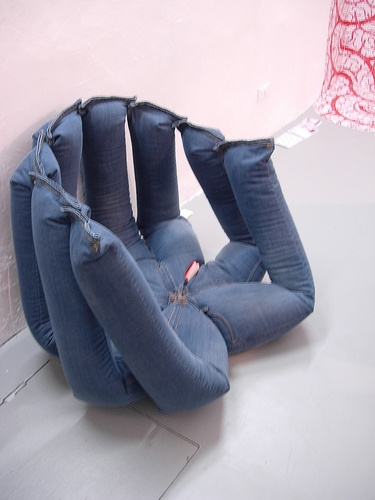 Poltrona con vecchi jeans IDEA