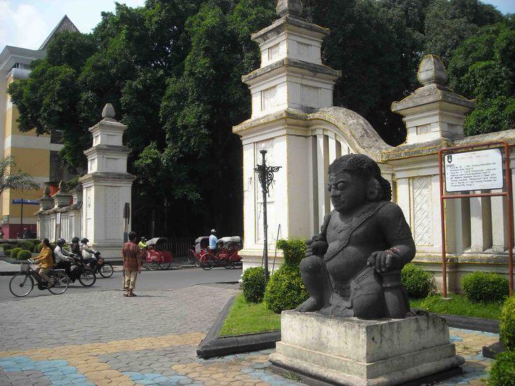 Objek Wisata Keraton Surakarta - wisatasenibudaya.com