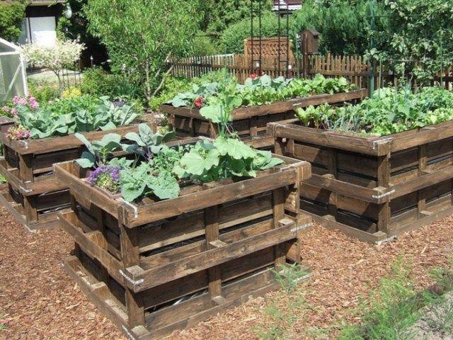 construire un potager sur lev pour jardiner debout. Black Bedroom Furniture Sets. Home Design Ideas