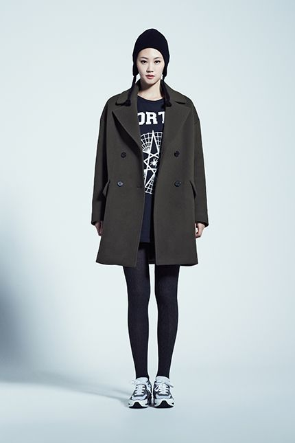 HAT 9104474931 69,000 / COAT 9104411040 가격미정 / T-SHIRT 9104422923 89,000 / LEGGINGS 9104472999 29,000 / SHOSE 9104371731 179,000
