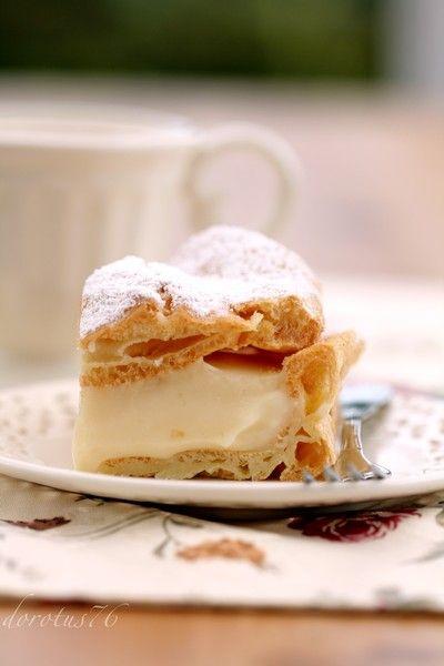 Karpatka Vanilla Custard Pastry