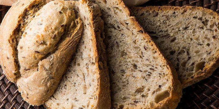 Литовский пшеничный хлеб со злаками