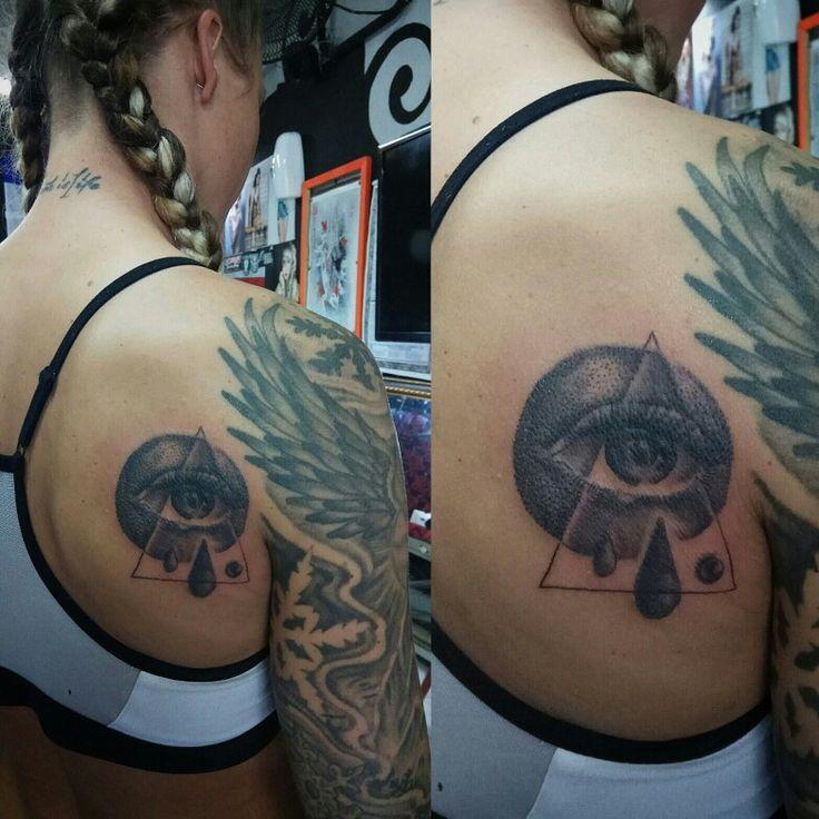 Tattoo Designs By Dana: 25+ Best Ideas About Girl Shoulder Tattoos On Pinterest
