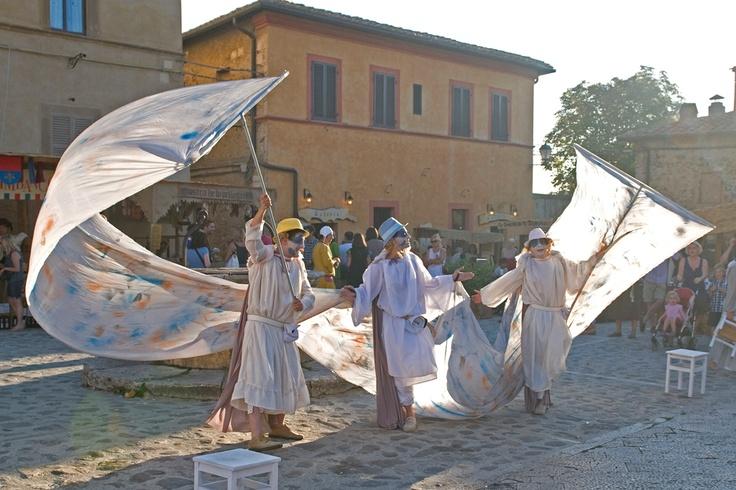 Monteriggioni di torri si corona - La festa a corte dal 5 al 7 luglio - Monteriggioni (Siena)