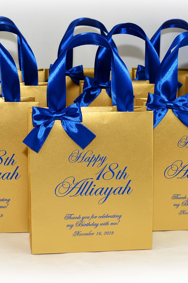 20 Birthday Party Favor Bags With Satin Ribbon Handles Bow And Name Elegant Personalized Royal Blue And Gold Gift Bag For Favor For Guests In 2021 Birthday Party Favors 20 Birthday