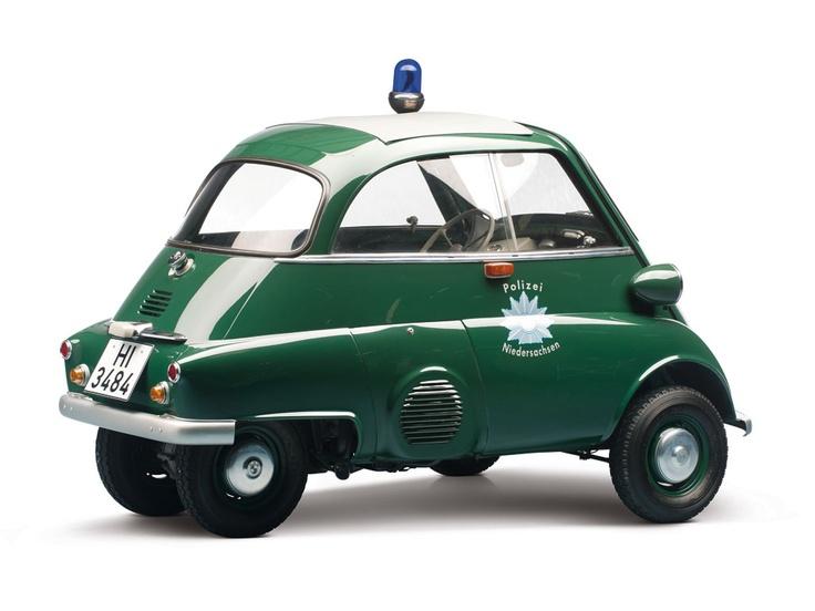 1961 BMW Isetta 300 Police Car                                                                                                                                                                   Estimate:$40,000-$50,000 US