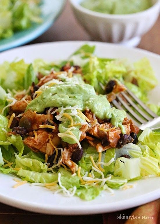 This Easy Crock Pot Chicken and Black Bean Taco Salad is filling and delicious – under 300 calories! Great for Cinco De Mayo!