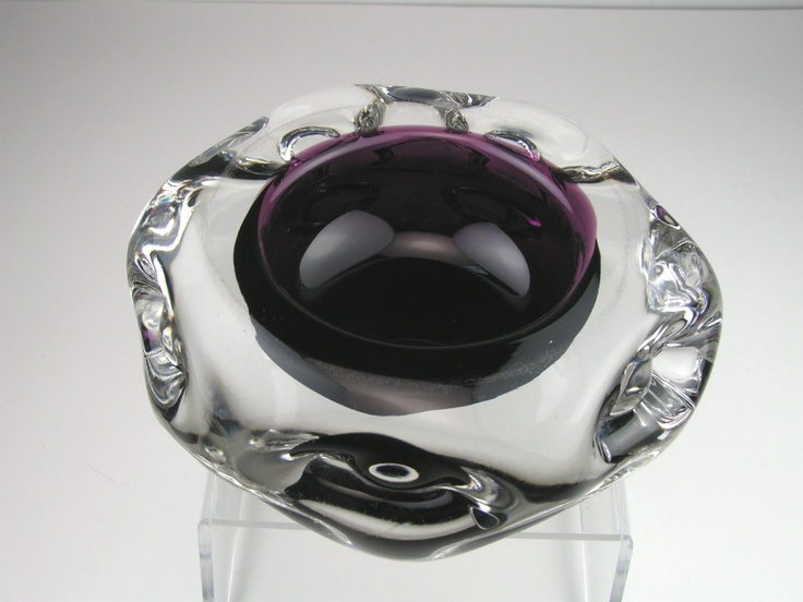 Liskeard Amethyst Cased Glass Knobbly Bowl