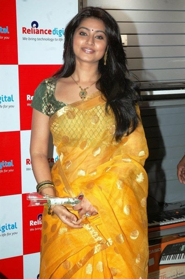 99 Actress Sneha Beautiful Hd Hot Images Tollywood Full Telugu News Up To Date Saree Saree Blouse Yellow Saree