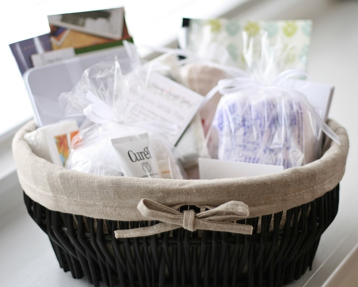 {miska}: Care Baskets: Care Baskets, Gifts Ideas, Misc Gifts, Crafty Gifts, Feet Care, Foot Care, Infants Death, Baskets Ideas, Arm Outreach