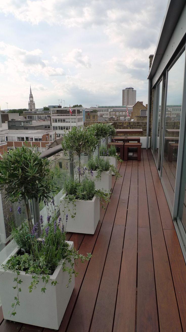 jardines en el techo diseo de jardines balcn terraza plantadores natacin ux diseador de interfaces hardwood decking rooftop