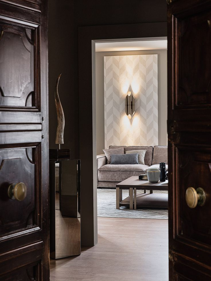 DESIGN WEEK Milan 1/9 Oct. 2016   In occasion of the first edition of Fall Design Week / Design City Milan, 1 / 9 October 2016, Casamilano opens the doors of the new showroom  in Via Visconti di Modrone 21 corner of Via Borgogna on the 1st floor of a 1930 Palace (San Babila / Via Durini area) from 10 am up to 6 pm   How to reach us: MM1 San Babila - Tram 12, 23, 27 - Bus 54, 60, 73, 84, 94  #falldesignweek #designcitymilan #designweek #milan #casamilano #showroom #design