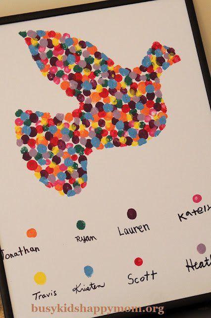 Duimprinttekeningen :   Een prachtige tool om een samenhorigheidsgevoel te creëren in de klas. Iedereen werkt aan 1 projectje samen http://www.busykidshappymom.org/2012/01/fingerprint-dove-tutorial.html