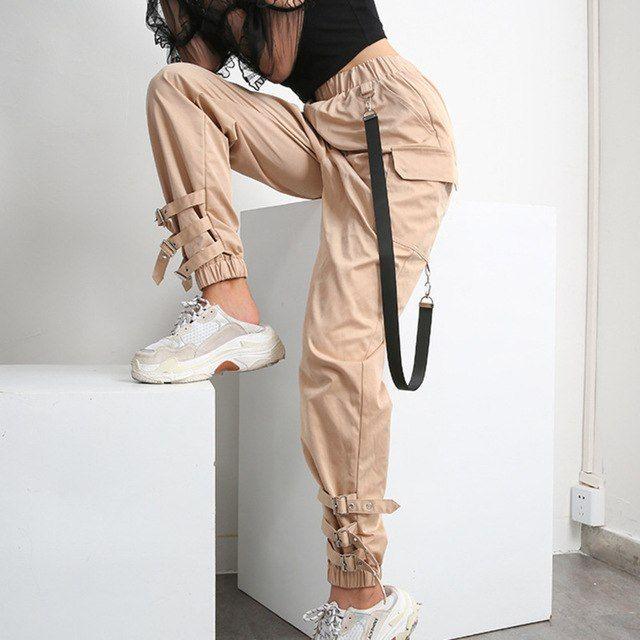 Pantalones De Moda Sueltos Buscar Con Google Pantalones De Moda Pantalones De Moda Mujer Pantalones Cargo Mujer