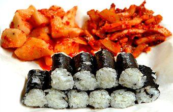 忠武キムパッ 1号店|明洞(ソウル)のグルメ・レストラン|韓国旅行「コネスト」