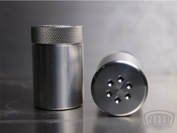Knurled aluminium salt pepper shakers