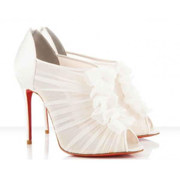 #Christian #Louboutin #Canonita #white #wedding #shoes #weddingshoes  #weddingdetails