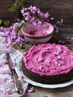 Torta di Barbabietole e Cioccolato con Frosting di Barbabietola
