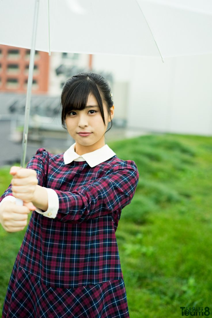 AKB48 Team 8 新潟県代表 佐藤 栞  1998年2月3日生まれ 公式プロフィール: http://toyota-team8.jp/member/sato_shiori.php     ■ グラビア の記事一覧 ■ AKB48 Team 8 の記事一覧 ■ [連載]AKB48 Team 8「いま、◯◯したい!」     撮影=時永大吾