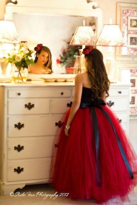 robe rouge tutu rouge jupe tutu long tutus cousues par MirelaOlariu                                                                                                                                                     Plus