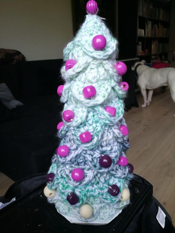 Kerstboompje gehaakt