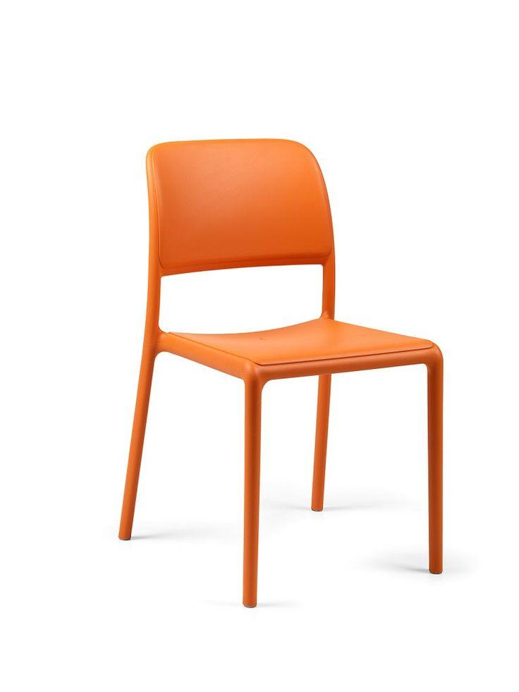 17 migliori idee su sedie da bistrot su pinterest for Le pere du meuble furniture