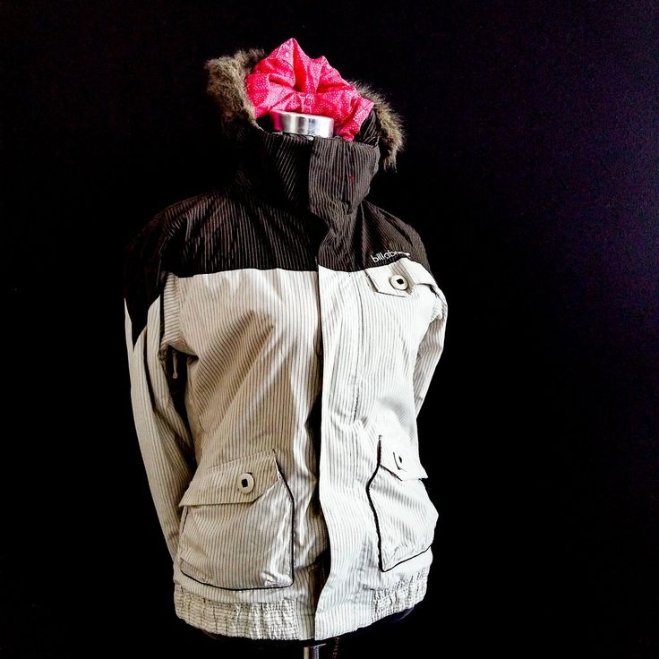 Ladies Winter Jackets || Billabong || S || SALE || R99.50