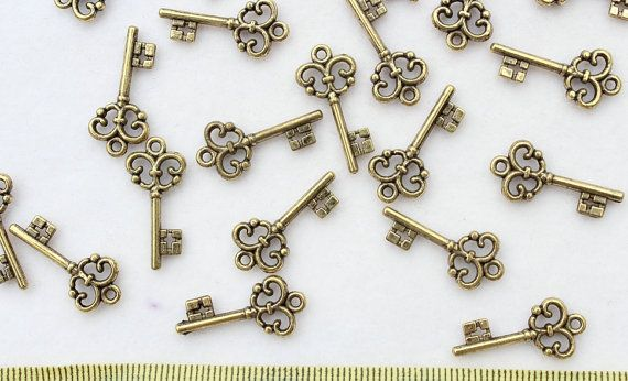set of 100pcs Skeleton Keys Vintage Keys Antique Bronze by jqloveh, $3.95