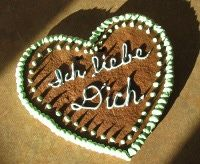 German Gingerbread Hearts (Markt Lebkuchenherzen)