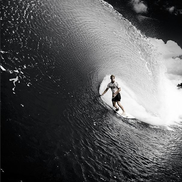 Look how thin the lip of this wave is. John John Florence the coolest!