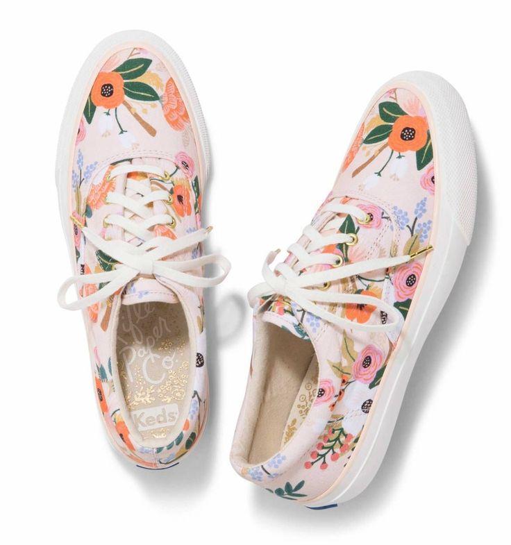 Bequeme Schuhe zu tragen ist der Schlüssel zum Glück. Ich bin verliebt in Schuhe, alle …