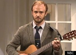 Justin Timberlake spoofs Bon Iver on SNL in Beyonce/Jay-Z baby skit. Bwahaha!