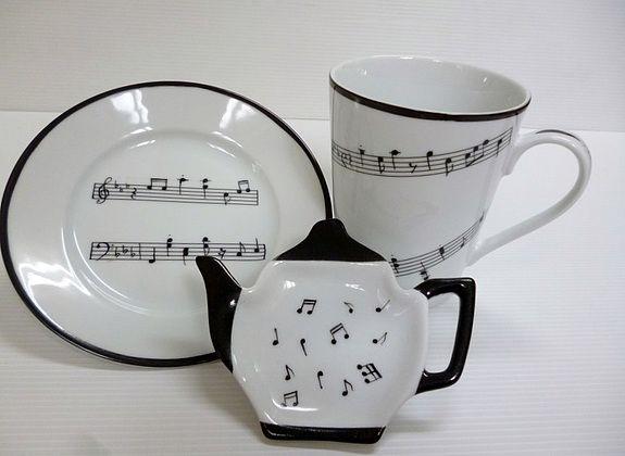Ensemble «le thé en musique» en porcelaine de Limoges